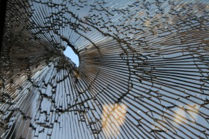Creative Commons broken glass by Eric Schmuttenmaer_Flickr