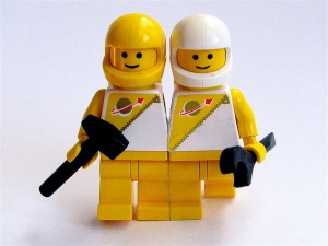 Creative Commons The Lego Astronaut Twins by Windell Oskay_Flickr