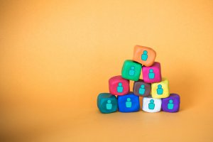 Colourful team building blocks_Image used under license from Shutterstock